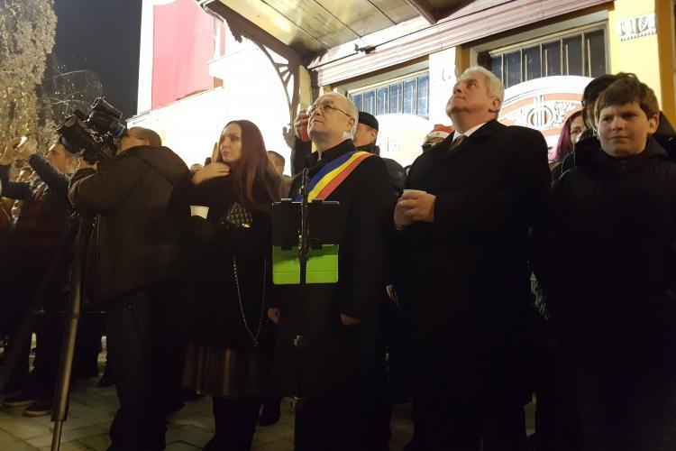 Boc a fost speriat de petarde: La Cluj-Napoca a fost teatru de război! Susțin interzicerea