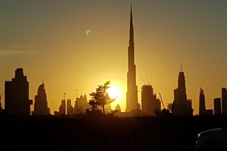 Iranul amenință că va ataca direct oraşul Dubai sau Israelul
