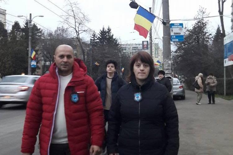 Poliția Cluj a refuzat să facă parteneriat cu patrulele ANTI-cerșetori din autobuzele clujene