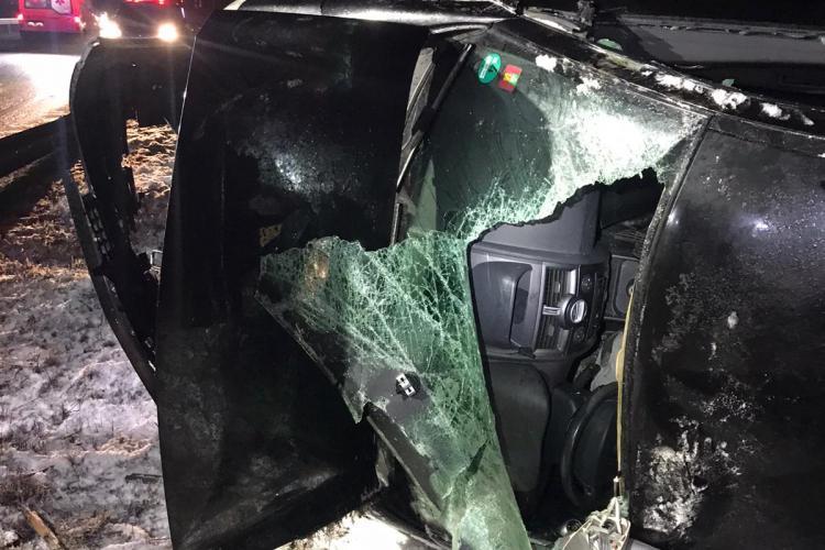 Accident pe centura Vâlcele-Apahida! Un șofer a scăpat ca prin urechile acului după ce a fost lovit de un camion FOTO