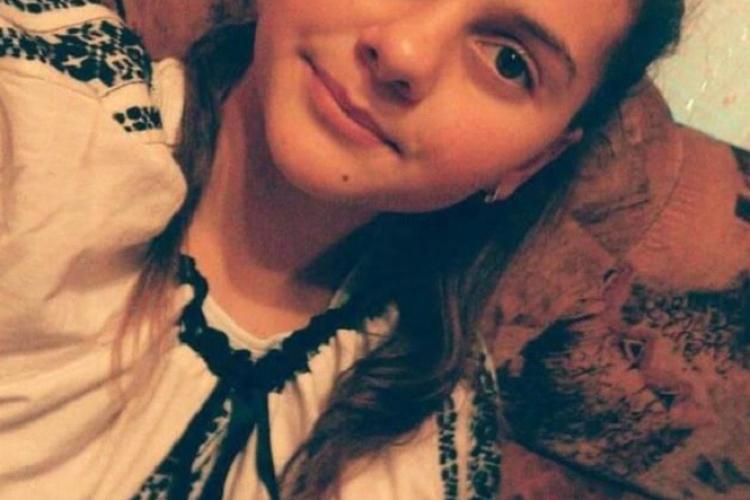 UPDATE: Minora a fost gasita/Fată de 12 ani din Cluj, căutată! A plecat de acasă și nu a mai fost văzută - FOTO