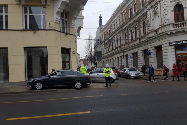 Cluj-Napoca: În medie, 12  șoferi sunt amendați zilnic pentru că intră pe interzis pe Regele Ferdinand - FOTO