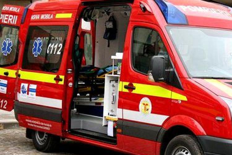 Cluj: Accident între un TIR și o mașină. Persoanele implicate au scăpat ca prin minune