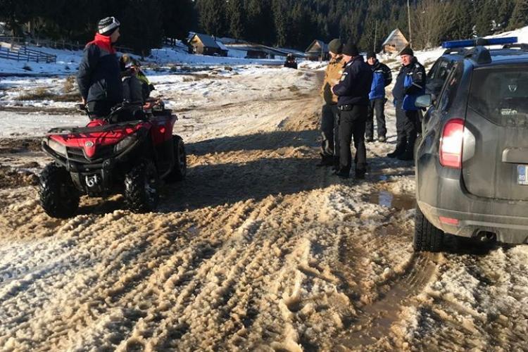 Turiști pe ATV -uri, amendați la Răchițele - Cascada Vălul Miresei. Este interzis accesul motorizat - FOTO