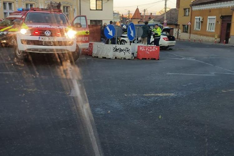Accident în sensul giratoriu, la Cluj FOTO