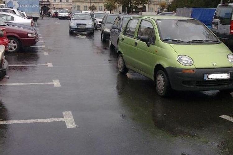 Boc nu mai are chef să discute despre problema parcărilor: Studenții să își lase mașinile acasă. Restul să se ducă la Polivalentă