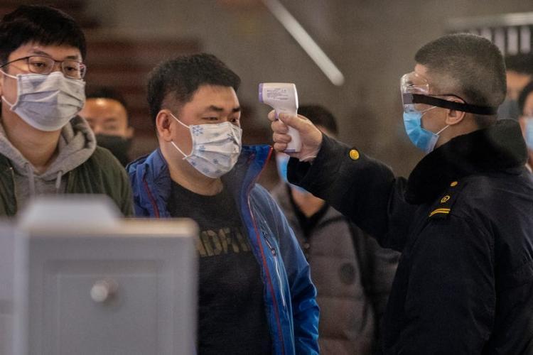 Doi muzicieni din Cluj, izolați la domiciliu din cauza coronavirusului, după un turneu în China. Ce mărturii sunt!