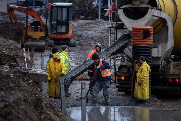 Oradea construiește 3 PASAJE, la Cluj-Napoca sunt promise pasaje de ani de zile. De o vreme, subiectul e UITAT