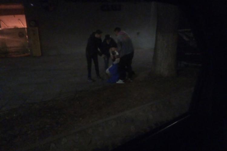 Tineri morți de beți lângă Form Space, la Cluj Arena: Nu e ăsta Clujul în care vreau să trăiesc!