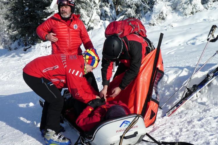 Aproape 60 de intervenții ale salvamontiștilor clujeni în ultimele două săptămâni! Ce trebuie să faceți când mergeți la schi