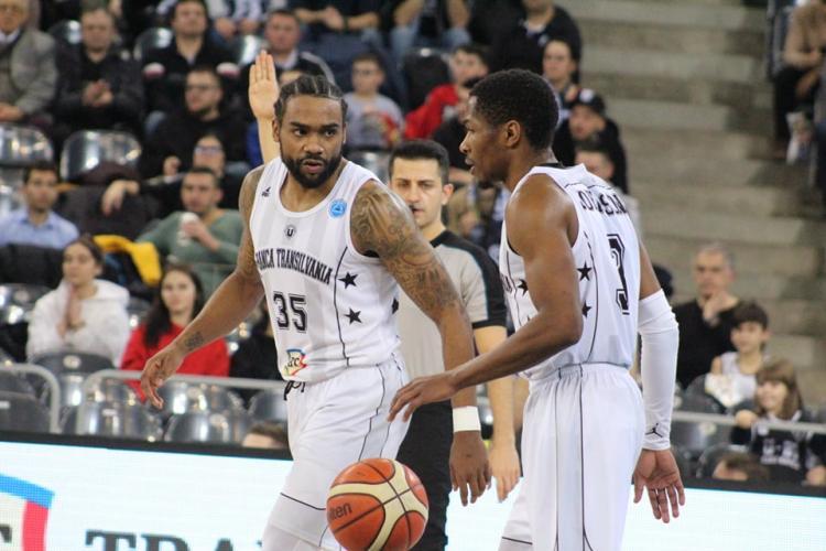 Victorie dramatică a U Banca Transilvania în FIBA Europe Cup