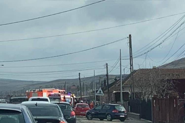 Accident între două mașini la Sânnicoara. Traficul a fost îngreunat FOTO