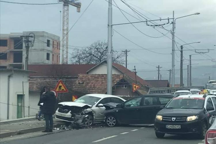 Accident la Podul de la Terapia, în Mărăști - FOTO