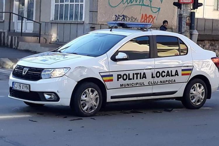 O mașină a Poliției Locale a lovit un SUV pe Dorobanților - FOTO