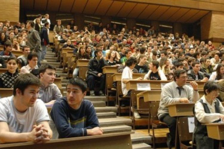 UDMR: Admitere în limba minorităților la toate universitățile din România