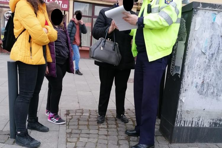 Acțiune pentru disciplinarea pietonilor la Cluj! Zeci de persoane au fost amendate FOTO