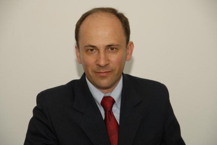 Primarul din Cămărașu, demis pentru incompatibilitate