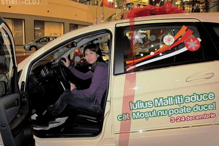 O studenta a castigat un Mercedes Benz la Tombola Craciunului de la Iulius Mall Cluj - VEZI FOTO