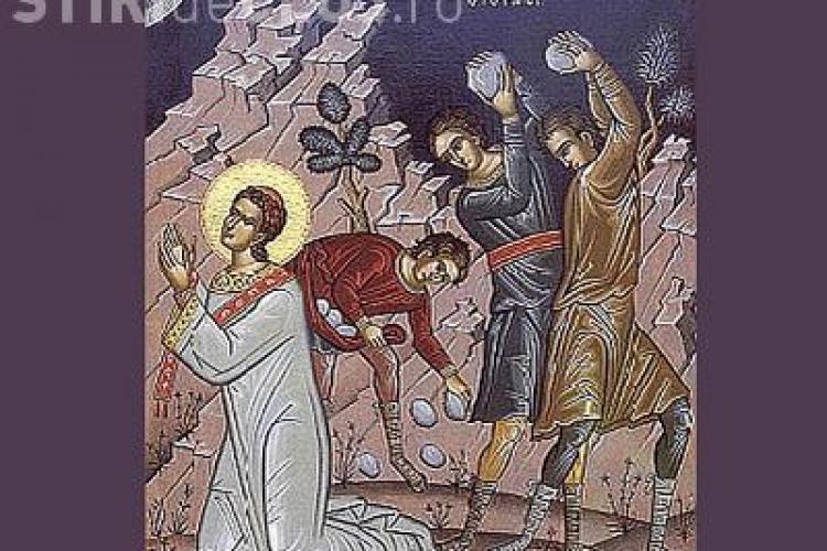 Sute de mii de romani isi sarbatoresc onomastica de Sfantul Stefan