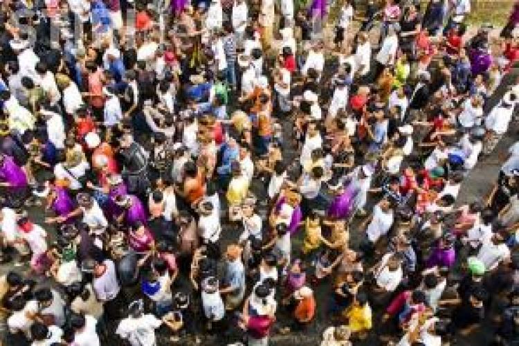 Pamanteanul cu numarul 7 miliarde se va naste in acest an