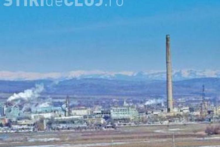 Turnul de 204 metri de langa Somes Dej refuza sa cada la pamant. Prima implozie a esuat! VIDEO