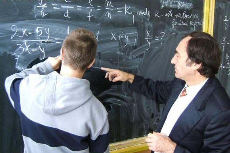 Cluj: Numai 100 de profesori din 6.000 si-au declarat veniturile din meditatii