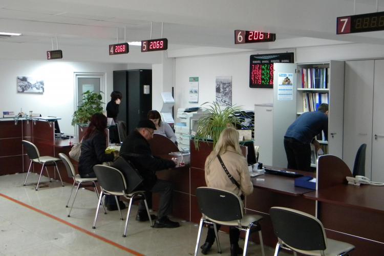 Clujenii vor putea plati parcarile pe 2011 numai din 4 ianuarie!