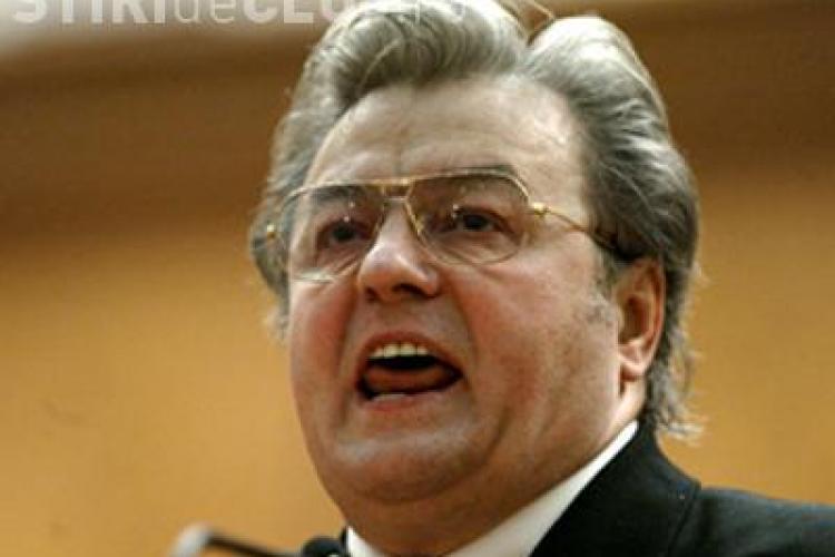 Vadim Tudor, cercetat penal pentru scandalul creat la evacuarea sediul PRM