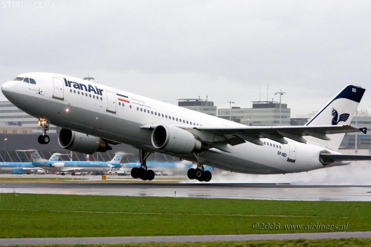 Un avion cu 105 pasageri s-a prabusit in Iran. Mai putin de jumatate dintre calatori au supravietuit