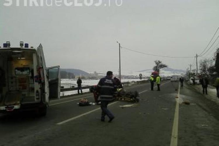 Mintiul Gherlii: Un biciclist beat a fost accidentat grav de o autoutilitara - FOTO