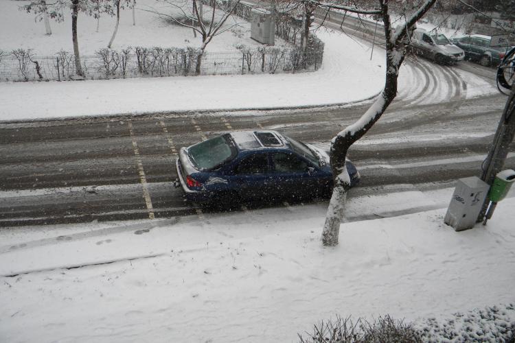 Rosal si Brantner Veres nu au scos plugurile de zapada din garaje, cu toate ca la Cluj ninge de cateva ore - FOTO