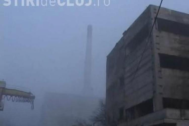 Turnul de 204 metri de la Dej a ramas in picioare! Demolarea a esuat si turnul reprezinta un pericol pentru riverani - VIDEO si FOTO
