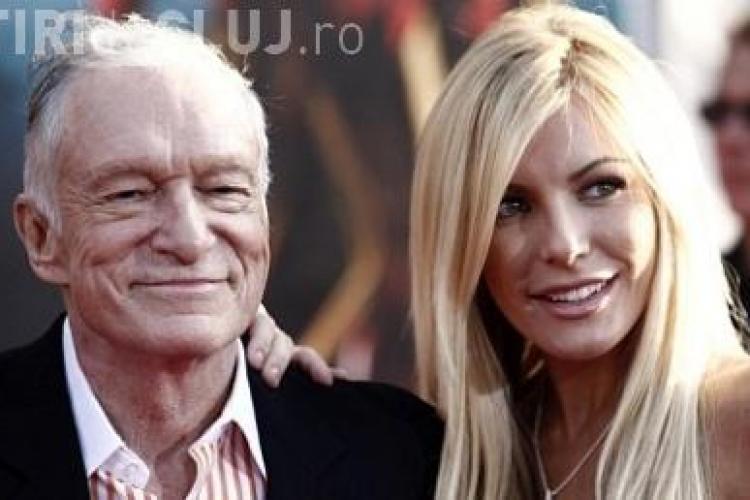 Hugh Hefner, fondatorul Playboy, s-a logodit cu un playmate de 24 de ani