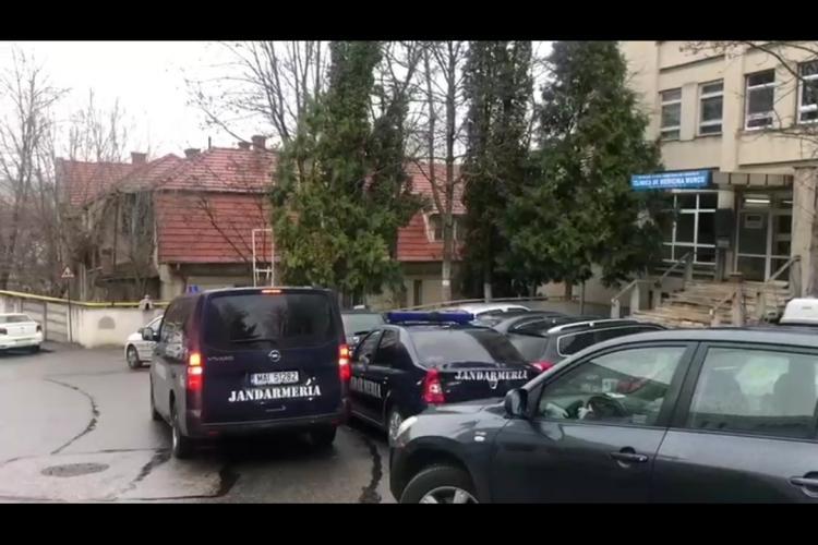Sute de persoane venite din Italia la Cluj pentru triere. Unii se tem - VIDEO