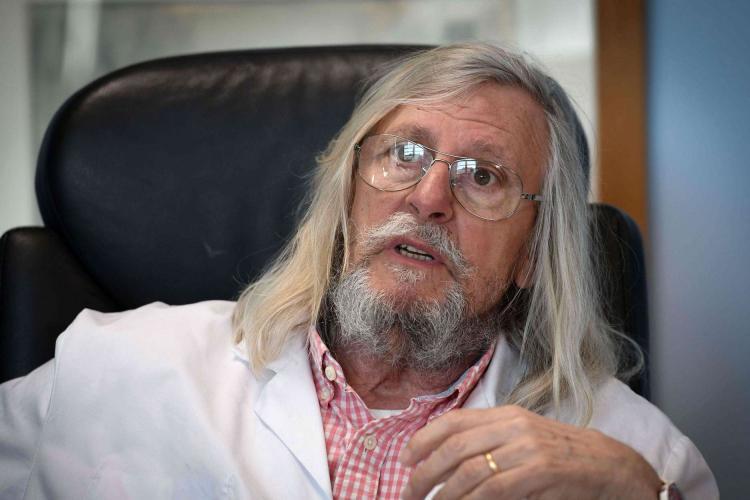Ce spune specialistul în boli infecțioase, care este convins că a găsit tratamentul pentru coronavirus: Nimeni nu mă ascultă! Oare de ce?
