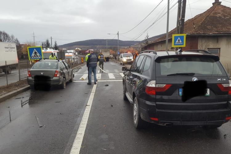 Accident cu multiple victime la Vâlcele. Cinci persoane au ajuns la spital - FOTO