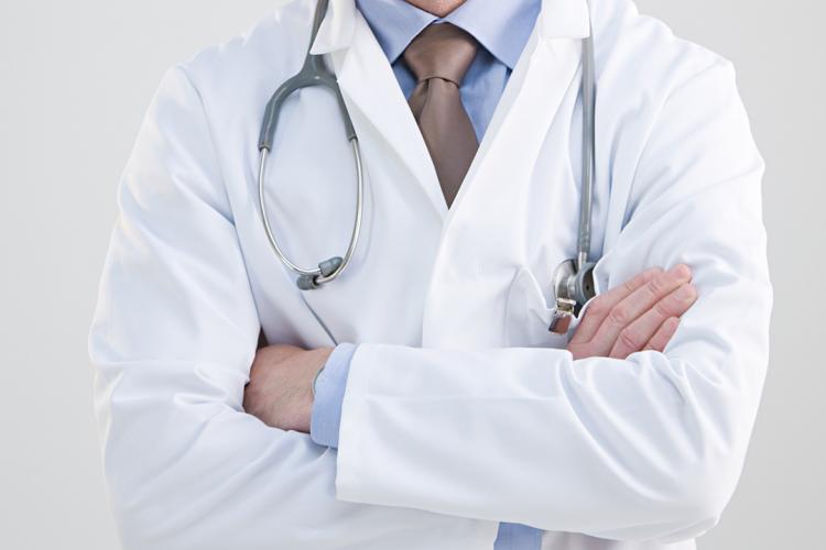 Peste 150 de cadre medicale sunt infectate cu cornavirus