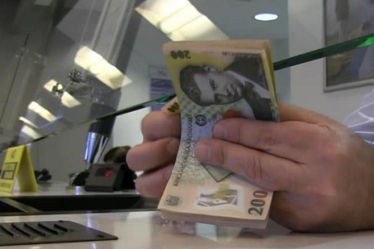 UPDATE Panică la o bancă din Cluj! Un clujean pus pe glume a intrat și a spus că tocmai a revenit din Italia. Ce a urmat!