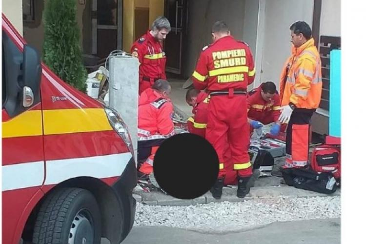 Cluj: Bărbat de 47 de ani găsit mort în scara blocului