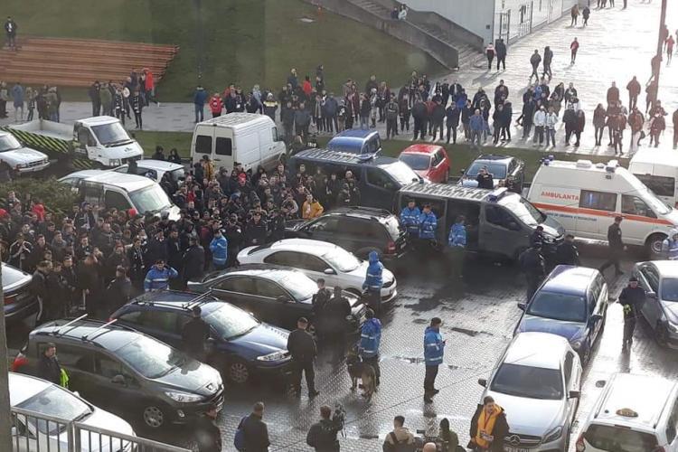 Fanii U Cluj cer demisia omului lui Emil Boc și a conducerii echipei