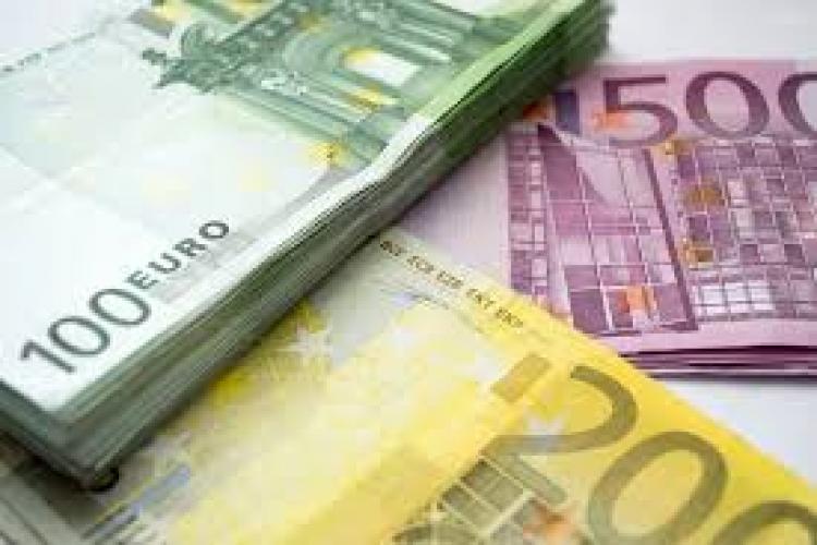 Euro a atins cea mai mare valoare din istorie în raport cu leul. Ce curs a anunțat BNR