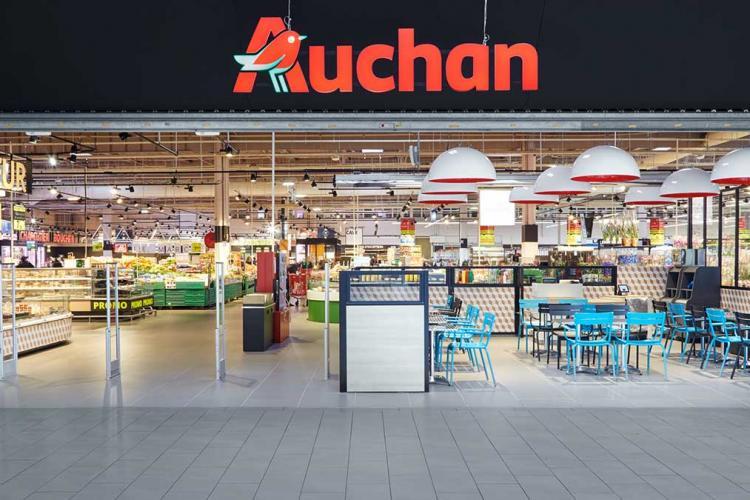 Auchan reduce programul pentru ca angajații să ajungă la timp acasă
