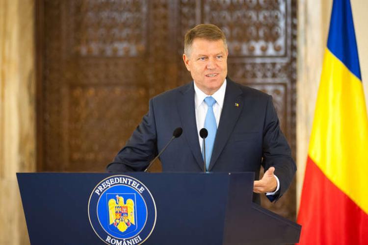 """Iohannis liniștește și spune că sunt """"puţine"""" cazuri de coronavirus în România"""