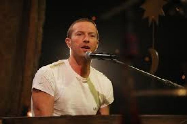 Solistul Coldplay a susținut un mini-concert gratuit pe Instagram pentru oamenii izolați la domiciliu VIDEO