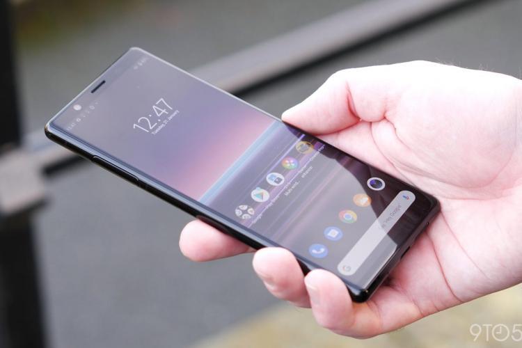 Infuzie de tehnologie mirrorless în noile telefoane Sony Xperia