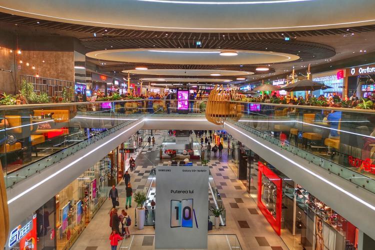 Se închid mall -urile de duminică seara