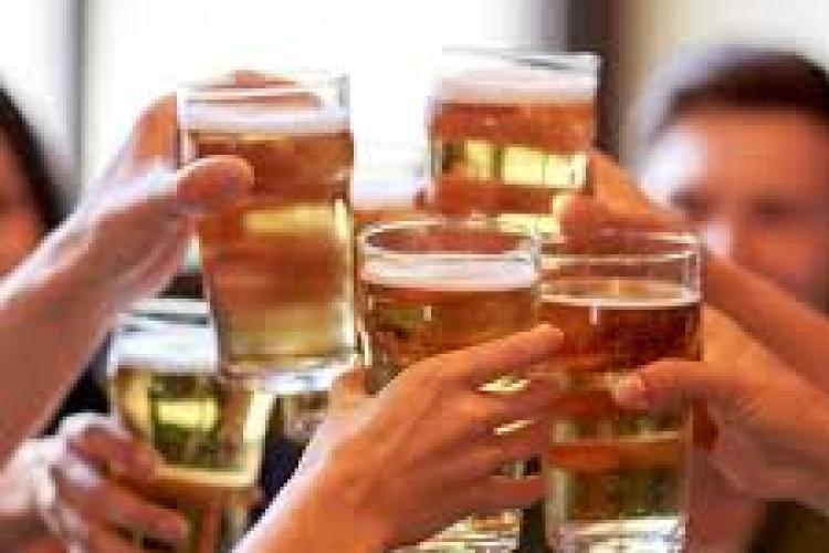 Ministerul de Interne suspendă activitatea tuturor restaurantelor, barurilor și cafenelelor. Se suspendă și slujbele în biserici