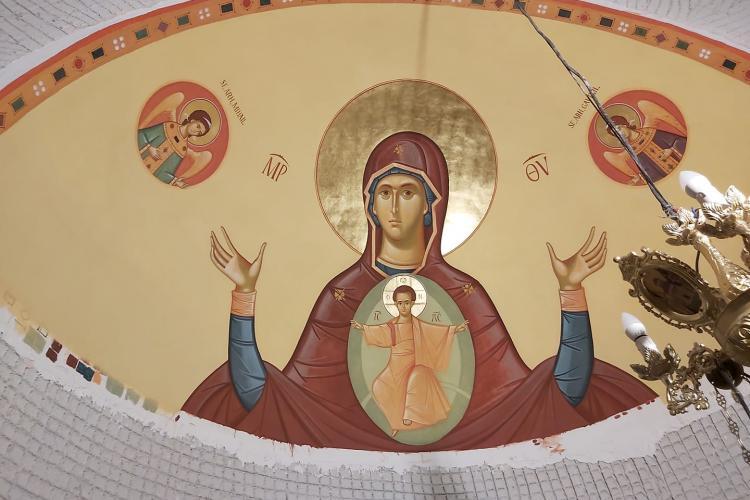 Parohia Ortodoxă Intrarea Domnului în Ierusalim Florești distribuie Paștile vineri și sâmbătă