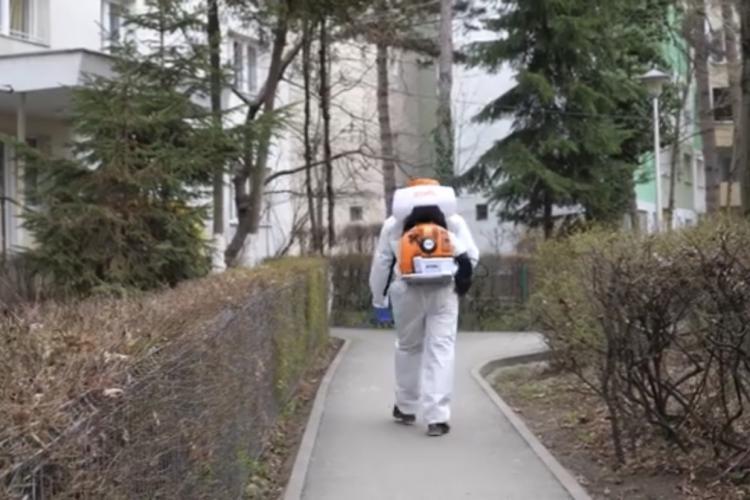 Au început acțiunile de dezinfecție a scărilor de bloc în Cluj-Napoca VIDEO