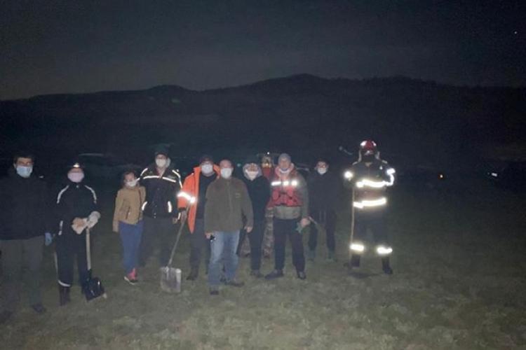 Voluntarii Rescue 4x4 au sprijinit pompierii la stingerea incendiului de la Aghireșu - VIDEO